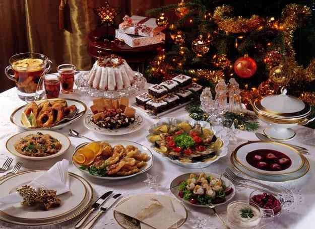 christmas in poland Here are some facts about how christmas is traditionally celebrated in poland during advent (the period leading up to 25 december) many polish households bake piernik (gingerbread).